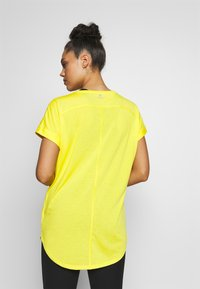 Bogner Fire + Ice - EVIE - T-shirt basic - yellow - 2