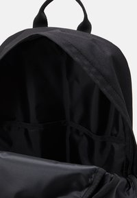 Converse - SWAP OUT BACKPACK UNISEX - Rucksack - black - 2