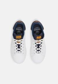 adidas Originals - STAN SMITH UNISEX - Sneakers laag - white/crew navy - 3