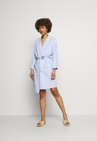 Marks & Spencer London - DRESSING GOWN COVER UPS - Dressing gown - light blue - 1