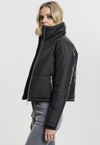 Urban Classics - LADIES OVERSIZED HIGH NECK JACKET - Light jacket - black - 2