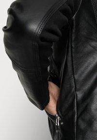 Vero Moda - VMRIA SHORT JACKET - Imitert skinnjakke - black - 4