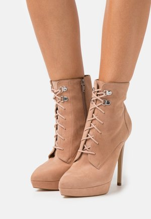 LEATHER - High heeled ankle boots - sand