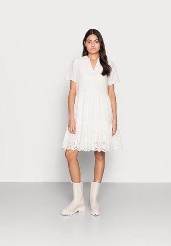 EXCLUSIVE HANYSZ DRESS - Day dress - ice