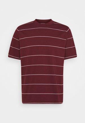 UTILITY RELAXED TEE - Print T-shirt - space stripe sassafras