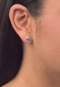 Buddha to Buddha - Earrings - silver - 0