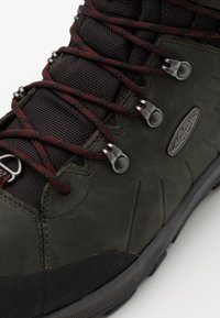 Keen - REVEL IV HIGH POLAR - Winter boots - magnet/red carpet - 5