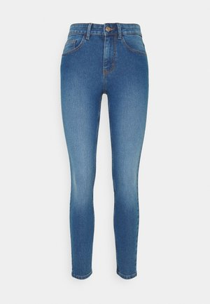 PCPEGGY MID WAIST - Jeans Skinny Fit - medium blue denim