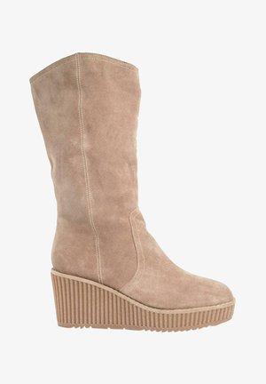 Laarzen met sleehak - sand