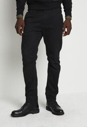 VETAR SLIM  - Chino kalhoty - bracket