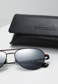 Diesel - Sunglasses - red/black - 2