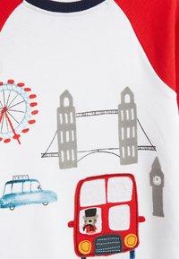 Next - 3 PACK LONDON BUS SNUGGLE PYJAMAS - Pyjama - red - 9
