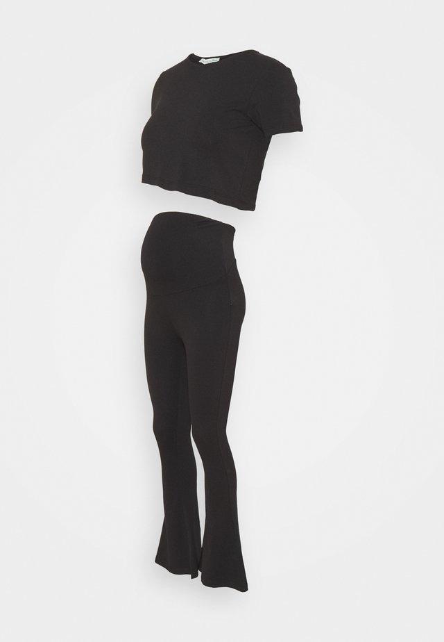 SET - T-shirt print - black