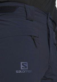 Salomon - BRILLIANT PANT - Zimní kalhoty - night sky - 3