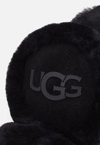UGG - LOGO BLUETOOTH EARMUFF - Headphones - black - 3