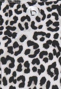 Cotton On Body - MATERNITY TRAINING TANK - Camiseta de deporte - winter animal micro - 5