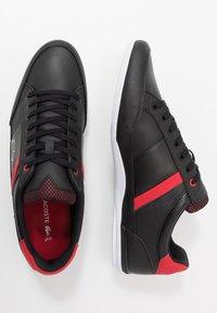 Lacoste - CHAYMON - Sneakersy niskie - black/red - 1