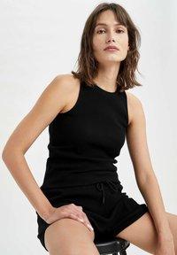 DeFacto - REGULAR FIT DEFACTO WOMAN TOP - Top - black - 4