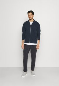 Marc O'Polo - FRONT AND BACK POCKETS - Tracksuit bottoms - phantom fear - 1