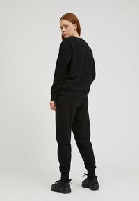 ARMEDANGELS - MAATHILDE - Sweatshirt - black - 2