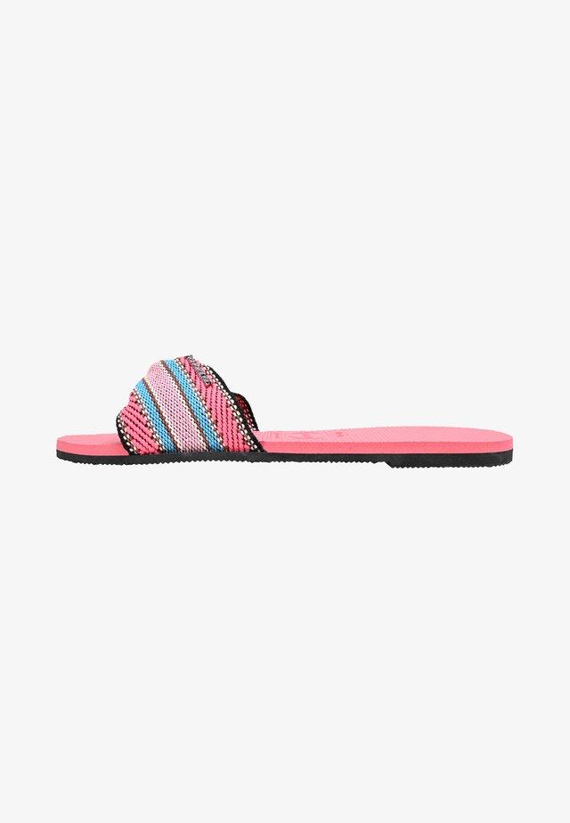 TROPEZ FITA - Sandaalit nilkkaremmillä - light pink