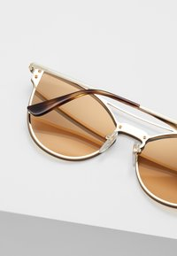 VOGUE Eyewear - Sunglasses - pale gold-coloured - 4