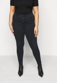 Vero Moda Curve - VMSOPHIA RHINESTONE  - Jeans Skinny Fit - black - 0