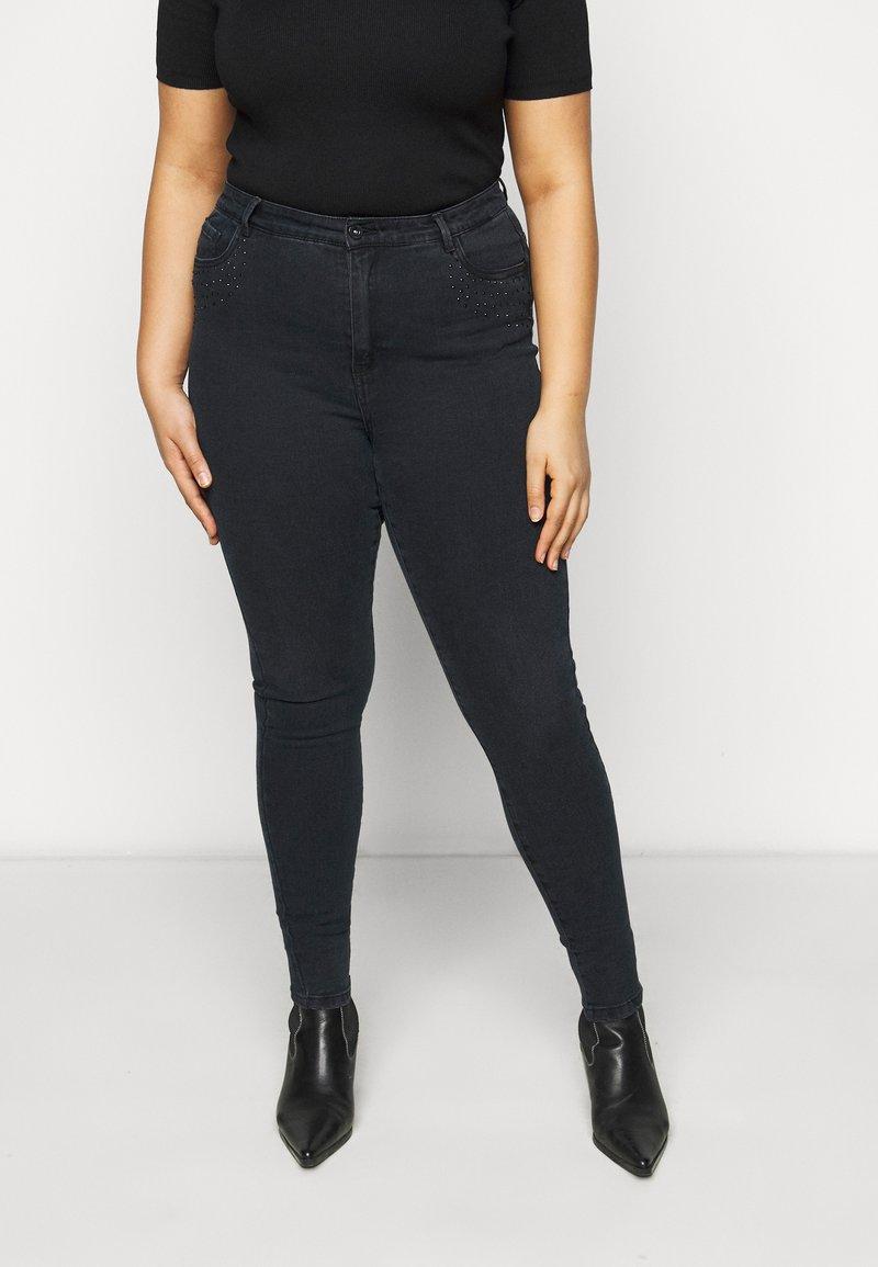 Vero Moda Curve - VMSOPHIA RHINESTONE  - Jeans Skinny Fit - black