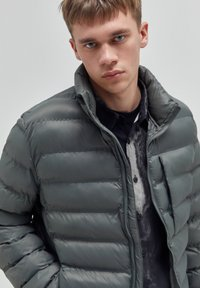 PULL&BEAR - Winter jacket - khaki - 3