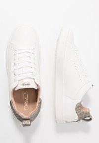 ONLY SHOES - ONLSHILO - Zapatillas - white/grey - 3