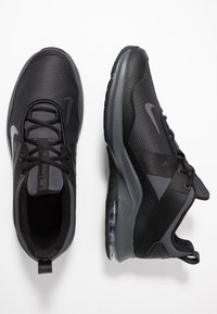 Nike Performance - AIR MAX ALPHA TRAINER 2 - Chaussures d'entraînement et de fitness - black/anthracite - 1
