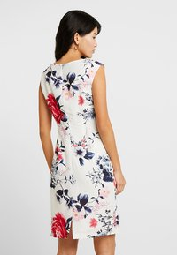 Betty & Co - Cocktail dress / Party dress - white/red - 2