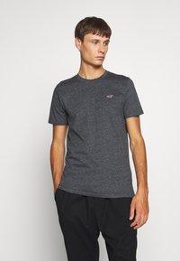 Hollister Co. - CREW - Print T-shirt - black - 0