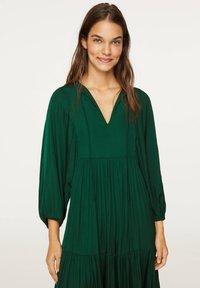 OYSHO - OVERSIZE - Day dress - evergreen - 2