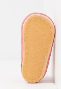 Easy Peasy - CHAT/SOURIS GIFT SET - First shoes - rosy - 5