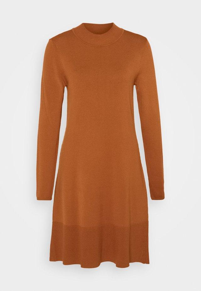 Jumper dress - rust brown