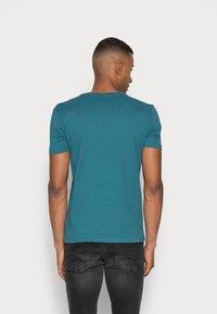 Marc O'Polo - Basic T-shirt - dragon fly - 2