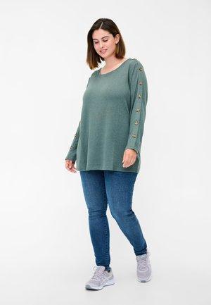 Long sleeved top - balsam green melange