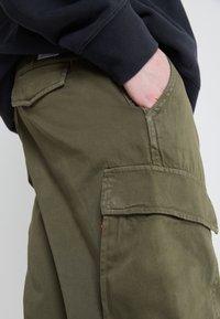 Levi's® - XX TAPER CARGO II - Cargo trousers - olive - 6