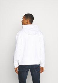 Calvin Klein - Hoodie - white - 2