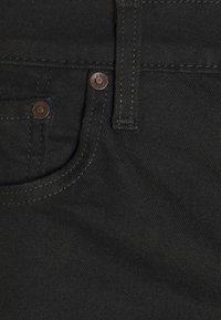 Levi's® - 405 STANDARD  - Jeansshorts - all black - 7