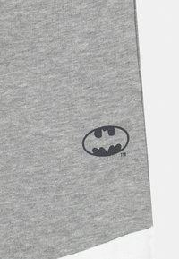 OVS - DC COMICS BATMAN - Pantalones deportivos - lavender aura - 2