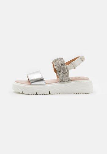TILDEN - Sandals - blanco