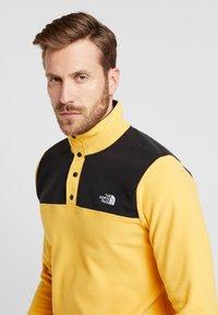 The North Face - GLACIER SNAP-NECK  - Bluza z polaru - yellow/black - 3