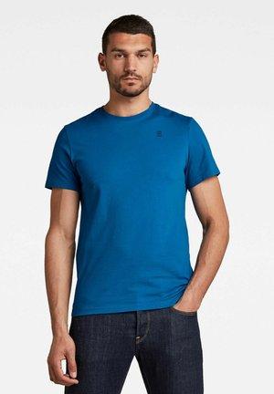 Basic T-shirt - light royal blue