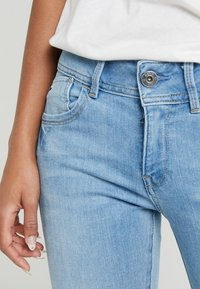 G-Star - LYNN MID SKINNY - Jeans Skinny Fit - neutro stretch denim - 3
