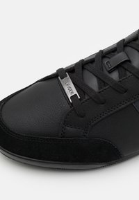 Tommy Hilfiger - CORPORATE CUPSOLE - Sneakers basse - black - 5