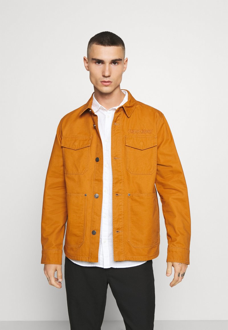 Tommy Jeans - CARGO JACKET - Summer jacket - spiced toddy