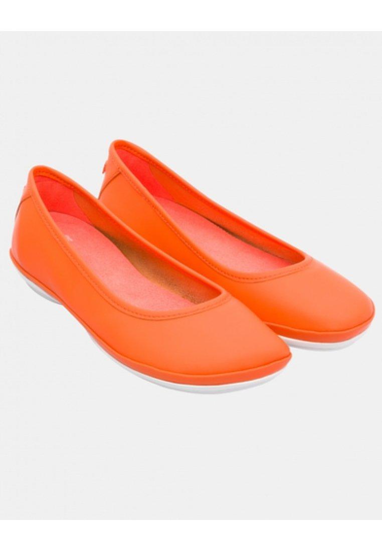 Camper RIGHT NINA Klassischer Ballerina orange