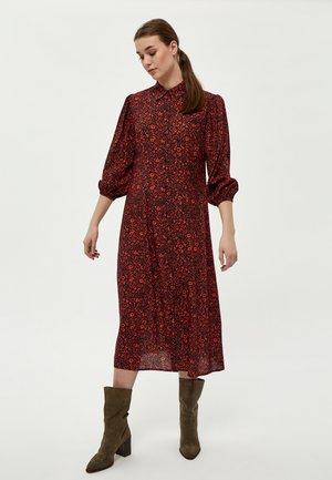 GEORGIA  - Shirt dress - red clay pr